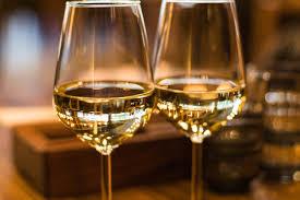 キリッと冷えた辛口の白ワイン!今ならなんと…,